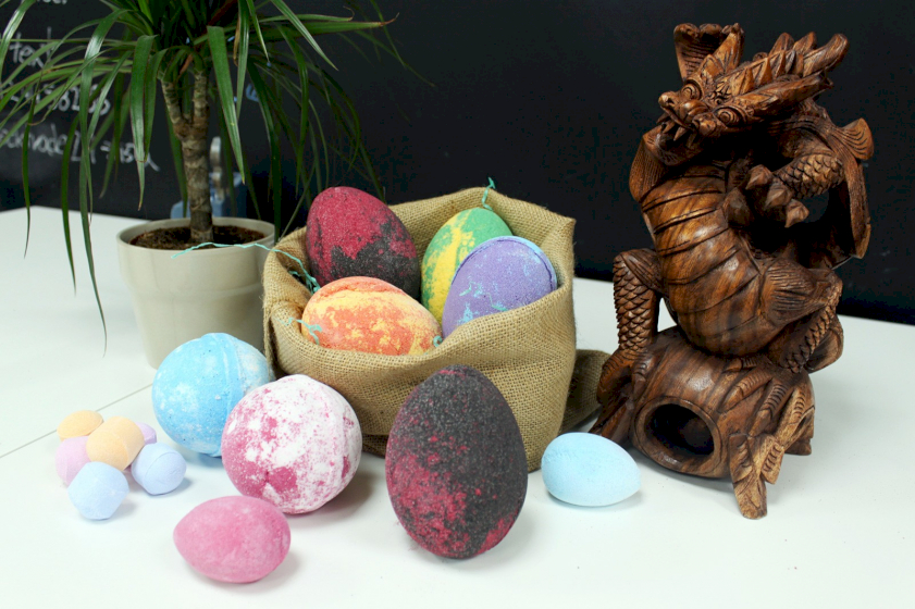 Dragon's Bath Bomb Eggs wholesale